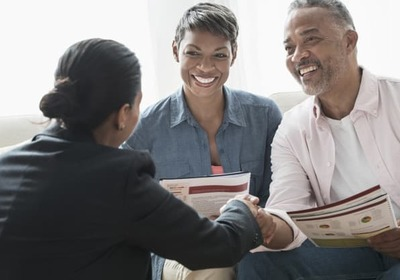 INVEST IN YOU: READY. SET. GROW. Financial advisor, financial planner or robo-advisor? Here's how to find the right help to manage your money